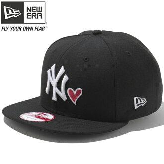 新埃拉950突然弹回盖子心标识收集纽约扬基队黑色New Era 9Fifty Cap Heart Logo Collection New York Yankees Black