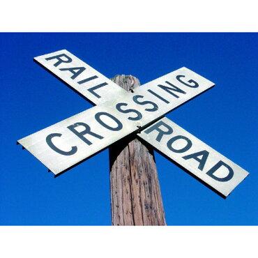 トラフィックサイン【RAILROADCROSSING】(レイルロードクロッシング)アメリカの道路標識