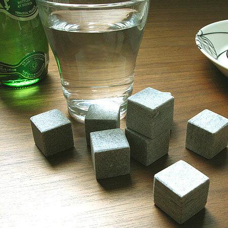 オンザロックス (石のアイスキューブ ON THE ROCKS)