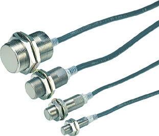 OMRON 円柱形近接スイッチ(1個) E2EX10D1N 1018124