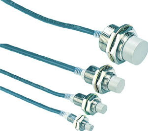 OMRON 円柱形近接スイッチ(1個) E2EX4MD1 1018132