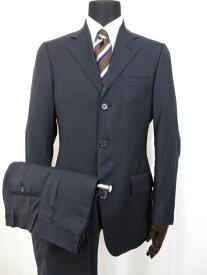 【サルヴァトーレフェラガモ Salvatore Ferragamo】 ストライプ柄 シングル2ボタン スーツ (メンズ) size44 ネイビー ■8MS6924■ 【中古】