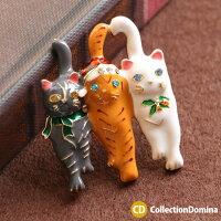ピンブローチ猫ねこネコキャット猫ちゃんアニマルモチーフクリスマスXmasゴールドラインストーンレディースアクセサリー雑貨小物