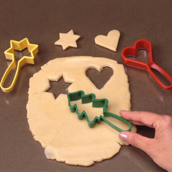 クッキー型 クッキーカッター ハンドルクッキー抜型 星ツリーハート 3個セット プラスチック製 ( 抜き型 製菓グッズ 抜型 クッキー抜型 手作り 製菓道具 お菓子作り クリスマス ) 【4500円以上送料無料】