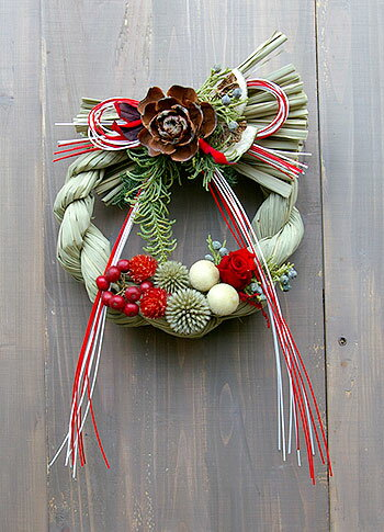 しめ飾り しめ縄 お正月飾り お正月リース 注連 玄関 クラシックなしめ縄飾り 紅白のちょっとキュートなしめ飾り しめ縄リース