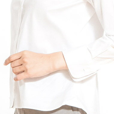 【NEW】ボトムアウトで着るアウト専用シャツショートシャツ(ブラウス白シャツ長袖ブラウスレディース無地オフィス長袖シャツリクルート制服ブラウス)