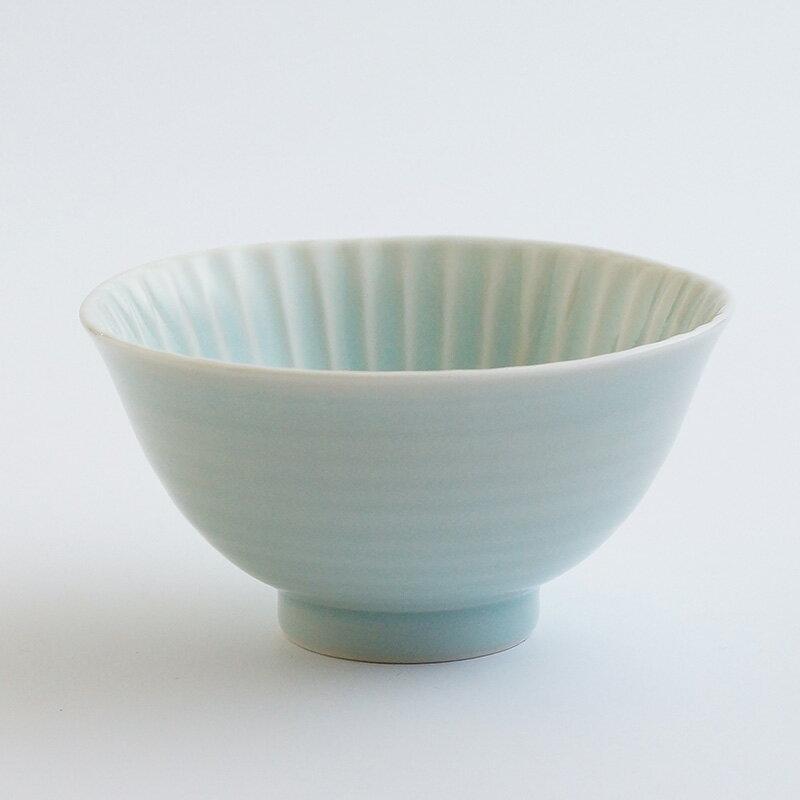 【波佐見焼】【食器】【青磁】【茶碗】『しのぎ茶碗 大』ボール 青磁 北欧 ギフト 陶器 飯碗 デザイン おしゃれ かわいい テーブル 有田焼 一龍陶苑 10P03Dec16