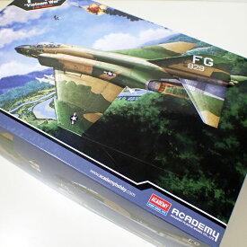 "1/48 F-4C ファントム2 ""ベトナム""【アカデミー 12294】"