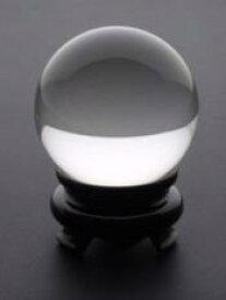 【30mm玉】ブラジル産最高ランク 完全透明本水晶玉 (完全天然石 約30g 持ち歩き用小袋&木製台座付)※公式鑑別書の別手配も可能