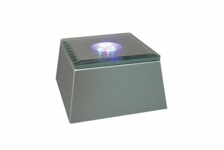 ライトステージ 4灯四角タイプ鏡面仕様(66mm)ハーバリウム展示にピッタリです。 LED台座 ハーバリウムライト ライトコースター