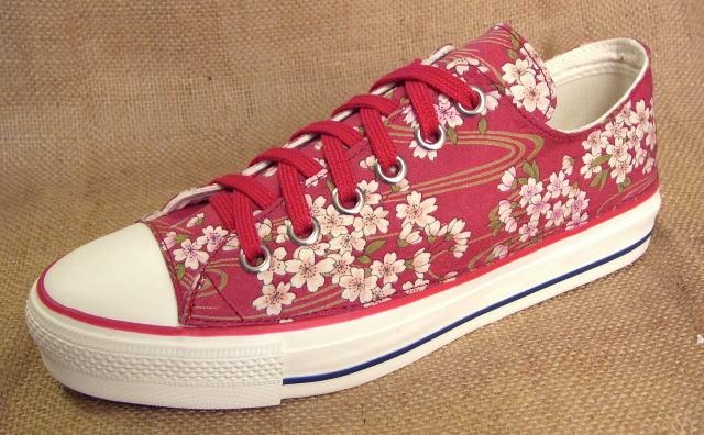 【桜 no,1 [red] 裏カタログ】●こだわり派の方やコンバースのオールスター派のオシャレさん必見のスニーカーです!