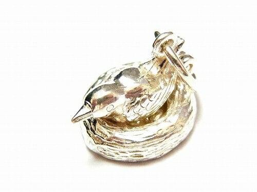 シルバーチャーム『ネストバード』【NickHubbardニック・ハバード】《送料無料》英国製(イギリス)輸入シルバー925silver幸運お守りラッキーチャームアクセサリーブランド個性的タマゴ鳥の巣バード絵本かわいいメルへンおもしろ