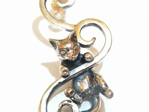 ネコピアスシルバー★ゆうメール送料無料★『絡まり猫のピアス』(片耳用)【林檎屋】ねこネコキャット天然石アメシストストーンカワイイプレゼント動物指輪ハンドメイド個性的アクセサリーオリジナルsilverジュエリークリスマスアニマル♫