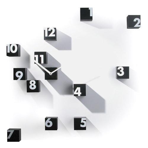 【個性派】イタリア製デザイナーズクロック Progetti 【RND_TIME】(壁掛け時計 掛け時 おしゃれ モダン デザイン掛時計 新築祝い 開店祝い 結婚祝い インテリア雑貨 スクエア ダイス 個性的 アート インパクト)
