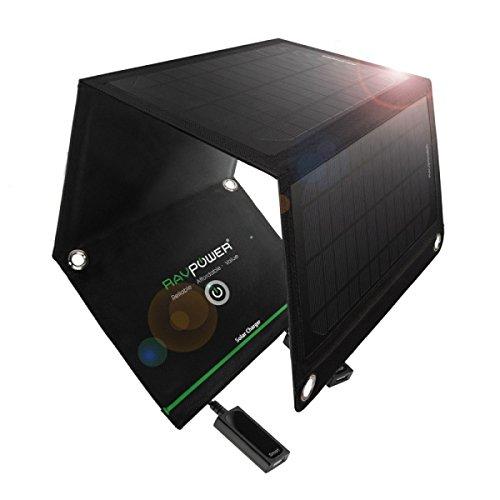 RAVPower ソーラー充電器(チャージャー) 折りたたみ式 ソーラーパネル USB 充電器 スマホ タブレット モバイルバッテリー 対応 (15W) RP-SC02【送料無料】