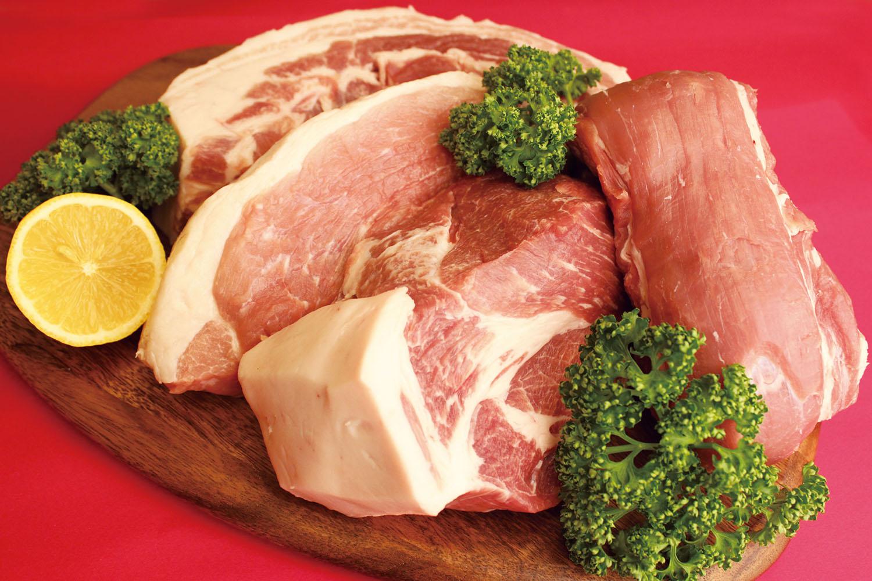 送料無料 鳥取県産 ブランド豚 とっトン 詰合せ セット 2kg以上 バラ ヒレ ロース モモ 豚ブロック