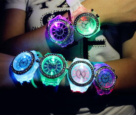 腕時計 レインボー LED 発光 本体2色 (ホワイト)