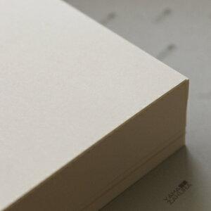 A4名刺用紙 FSC森林認証 クリームビーナスCoC 10面付 0.211mm厚 (用紙110枚+紙だけの窓付名刺箱10個付)印字後、名刺カッター・裁断機にて裁断加工が必要。143114※レーザープリンタ用です【代