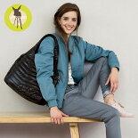 レッシグの軽量マザーズバッグ『グラムグローバルバッグポップ』は出産祝いやギフトにも最適。2way仕様の軽いマザーズバッグ(ママバッグ)で子育てに大活躍!マタニティママ必見!