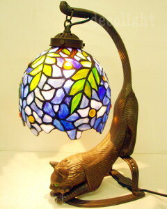 かわいい 猫 の ステンドグラス ランプ★フジ★ガレランプ スタンド ライト テーブル ランプ テーブルライト ティファニーランプ インテリア ランプ インテリアライト 卓上ライト 卓上ラン