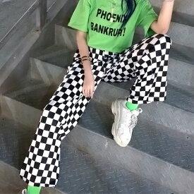 【即納あり】サテンストレッチ素材のブロックチェック柄ストレートワイドパンツ 原宿系 ファッション レディース ゆめかわいい 服 奇抜 派手 個性的 ダンス 衣装 コスチューム ヒップホップ 韓国 大きいサイズ