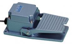 国際電業 フットスイッチ■型式:SFMP-1W