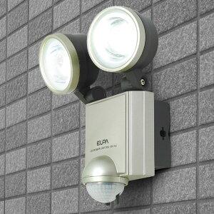 エルパ LEDセンサーライト ESL-402AC コンセント式 屋外用 防犯ライト 防沫 LED6W 2灯 450ルーメン /ELPA 朝日電器 アウトレット