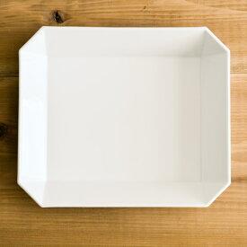 TY Square Bowl White 220mm 1個 ( 1616 / arita japan あす楽 スクエアボウル 食器 ホワイト ボウル おしゃれ 有田焼 結婚 出産 内祝い 引き出物 金婚式 誕生日プレゼント 還暦祝い 古希 喜寿 米寿 退職 定年 プレゼント お祝い お返し お礼 2020 令和 平成 両親 父 )
