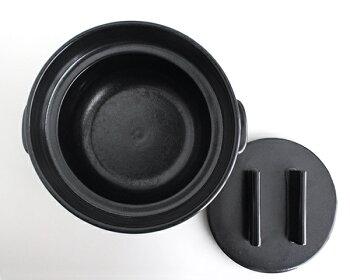 【かもしか道具店】ごはんの鍋2合炊き上がったご飯をそのまま食卓へ