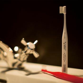 THETOOTHBRUSHbyMISOKA自立する歯ブラシ歯磨き