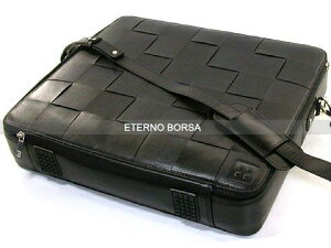 エテルノボルサ(ETERNOBORSA)POSTMANHORIZONTALCALFメッセンジャーバッグOXO30406-Cブラック
