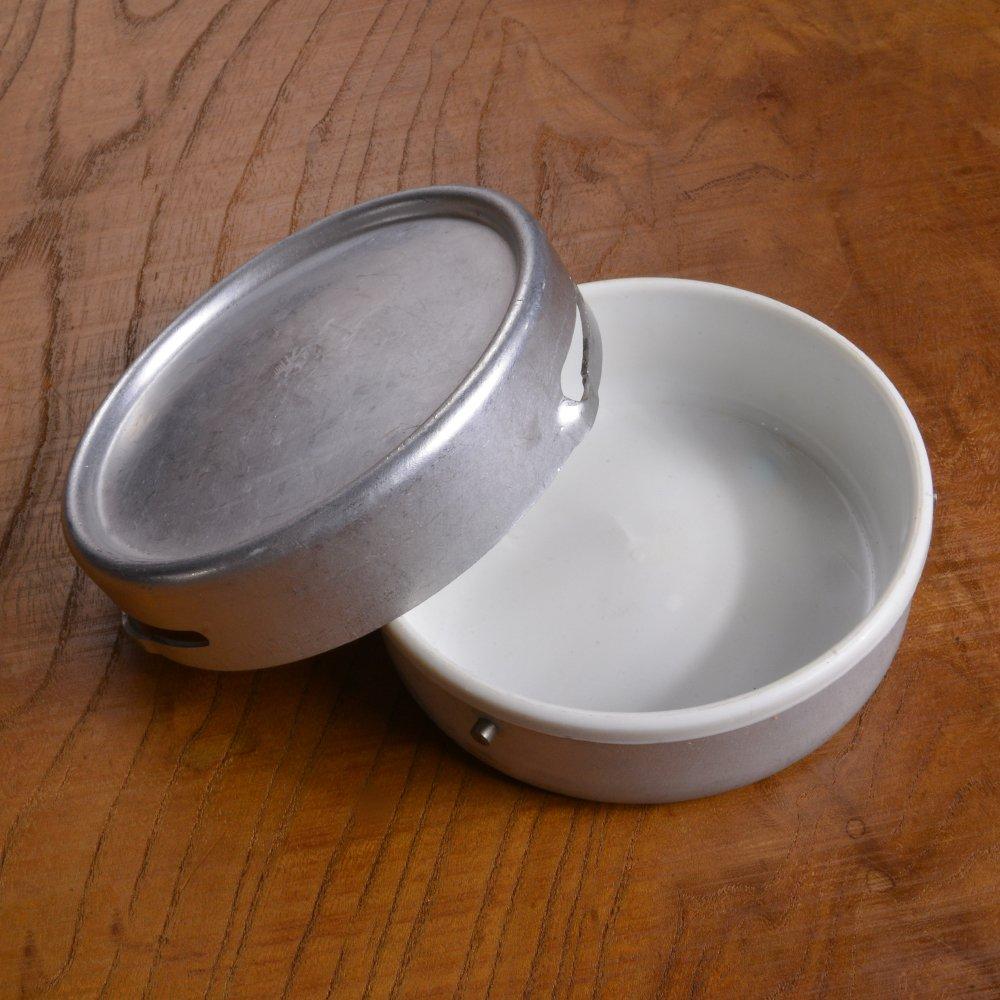 ドイツ軍放出品 アルミ製 バターケース 軍払下げ品 軍払い下げ品 カトラリー テーブルウェア 食器 洋食器 アウトドア用品 ミリタリー ミリタリー用品