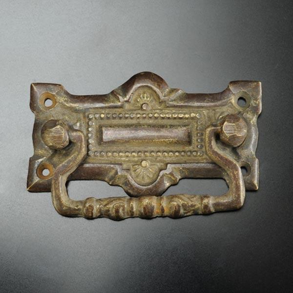 アンティーク 取っ手 スクエア 引き出し用 真鍮 取っ手 ブラス しんちゅう 家具 金具 箪笥 たんす ハンドル