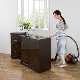 家具 収納 キッチン収納 食器棚 カウンター下収納 隠しキャスター付き前後段違い光沢本棚 引き戸タイプ 幅88cm 572372