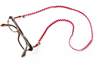 グラスコード メガネチェーン メガネコード 眼鏡コードお洒落なグラスチェーン/老眼鏡/シニアグラス/サングラスストラップ 紐 ZIG-ZAG 日本製 商品到着後にレビューを書いて次回使えるクー