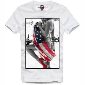E1SYNDICATE(イーワンシンジケート)アメリカン 国旗 ガール sexyプリント フォト tシャツ メンズ プリントtシャツ フォトT フォト プリント Tシャツ 20代 30代 ファッション コーディネート オシャレ トレンド 日本未入荷 インポート フォトプリント フォトt 高身長