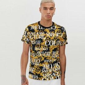 Versace Jeans Couture ヴェルサーチジーンズクチュール 全面にロゴが付いたヴェルサーチジーンズクチュールTシャツ メンズ Tシャツ 半袖 大人カジュアル