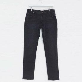 黒 ソリッド スリム フィット ジーンズ 20代 30代 40代 ファッション コーディネート 小さいサイズから大きいサイズまでオシャレ トレンド インポート トレンド