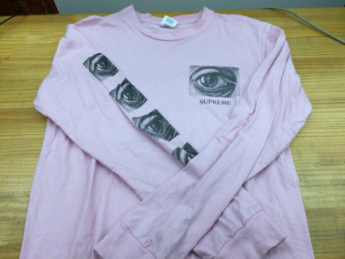 【中古】【古着】【レディースファッション】【トップス】supreme シュプリーム 2017SS Supreme × M.C. Escher Eye L/S Tee ロングTシャツ M ピンク サイズ:M【送料無料】