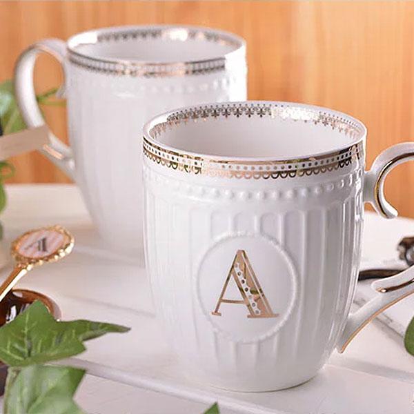 アルファベットマグ マグカップ カップ マグ 食器 イニシャル 陶磁器 キッチン コーヒーカップ スープマグ コーヒーマグ プレゼント ギフト ダブルハート 新生活