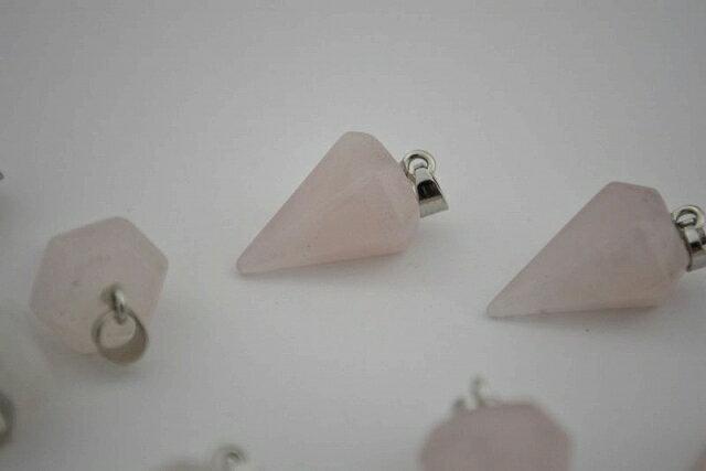 パワーストーン ローズクォーツ ペンダントトップ 角錐 銀 天然石 金具付 22mm 1個