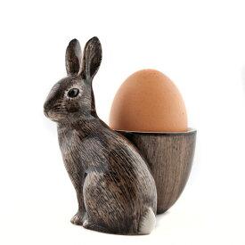 エッグスタンド WildRabbit-withEggCup 穴うさぎの エッグカップ イギリス Quail Ceramics(クウェイル・セラミックス)社製 動物 置物 オブジェ インテリア 北欧 モダン 磁器製 ヨーロッパ エッグカップ 穴うさぎ アナウサギ 野うさぎ うさぎ ウサギ 兎