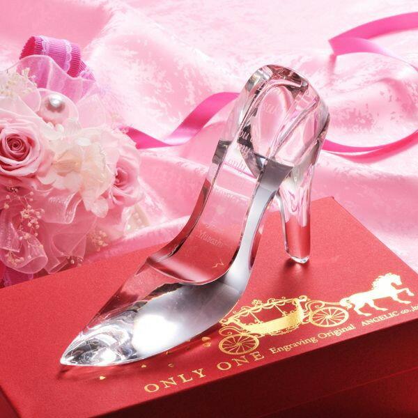 【名入れ プレゼント】【文字彫刻込】シンデレラ ガラスの靴 / ガラスの靴(クリスタル製)