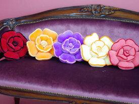 触り心地の良い♪ 薔薇クッション S「ピンク」「レッド」「パープル」「オレンジ」「クリーム」人気の5色展開♪ローズクッション ふわふわ ミニ 薔薇雑貨 姫系 花柄 プリンセステイスト ピンク ソファ 椅子 チェア プレゼント ラッピング おしゃれ かわいい