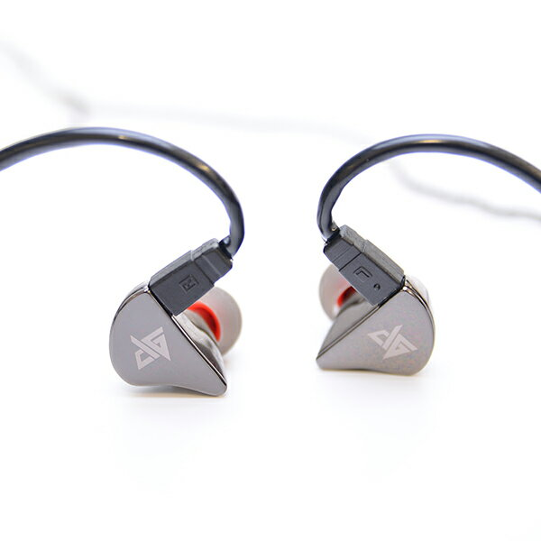 Auglamour オーグラマー R8-J ブラック 高音質着脱式イヤホン イヤフォン 【日本正規流通仕様品】