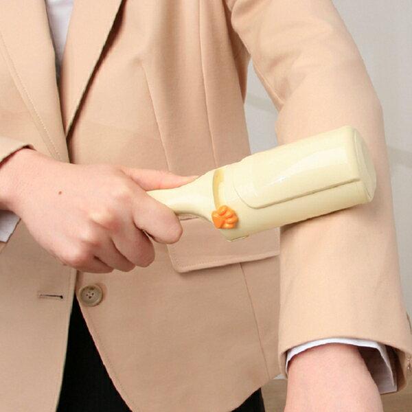 簡単抜け毛取りクリーナー KNC-H09送料無料 毛取り 衣類にも使える ホコリ ハンディ クリーナー ブラシ エチケットブラシ 繰り返しつける 掃除 清掃 アイリスオーヤマ