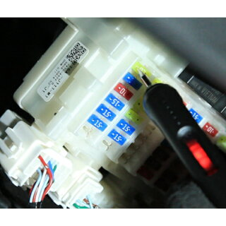 【1547】検電テスター使用イメージ