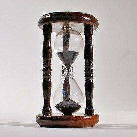 誤差が少ない砂鉄を使用した「職人の手作り砂時計(1分計)」金子硝子