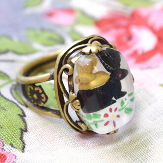 Antique feel like a picture frame with painting! Puffy was hollowed, three-dimensional shapes a cute Bambi and Bunny fairy tale ring ◆ Livred ' images ring