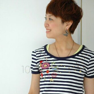 A Kansai girl's style exp 29 publication! Casual clothes short sleeves cut-and-sew ◆ Zootie (zoo tea) where the puff sleeve which the motif of a bird and the flower is totally tasteful like hand embroidery, and is a put emblem-like embroidery X girly is